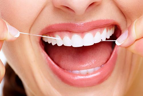 Зубная нить, как правильно пользоваться