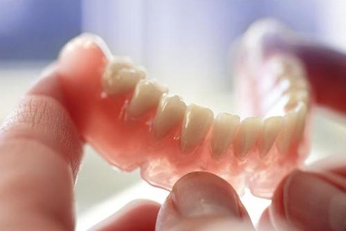 Зубной протез Акри-Фри (Acry-Free)