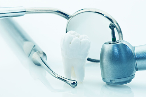 Операция по удалению зубов мудрости