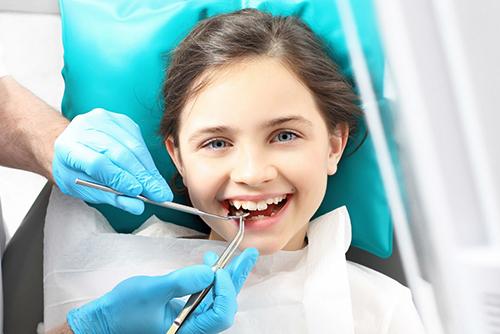 Осложненный кариес молочного зуба
