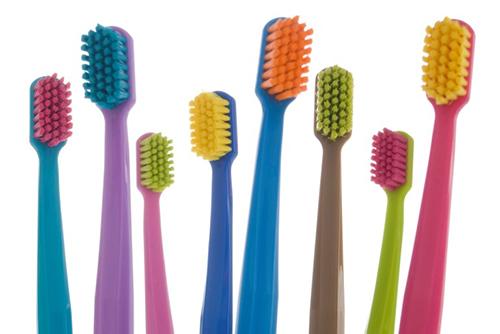 Зубные щетки Курапрокс